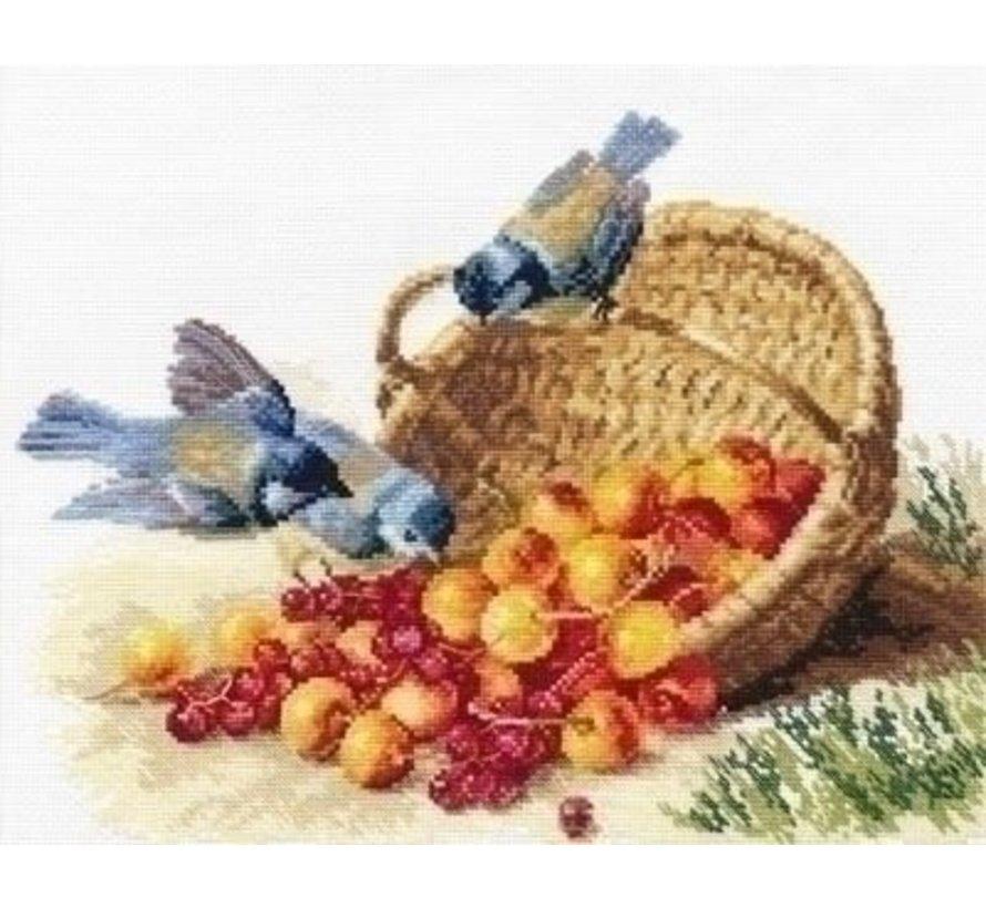 Alisa Chickadees and Sweet Cherries 01-014