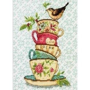 Dimensions Dimensions borduurpakekt Stacked Tea Cups 0174357