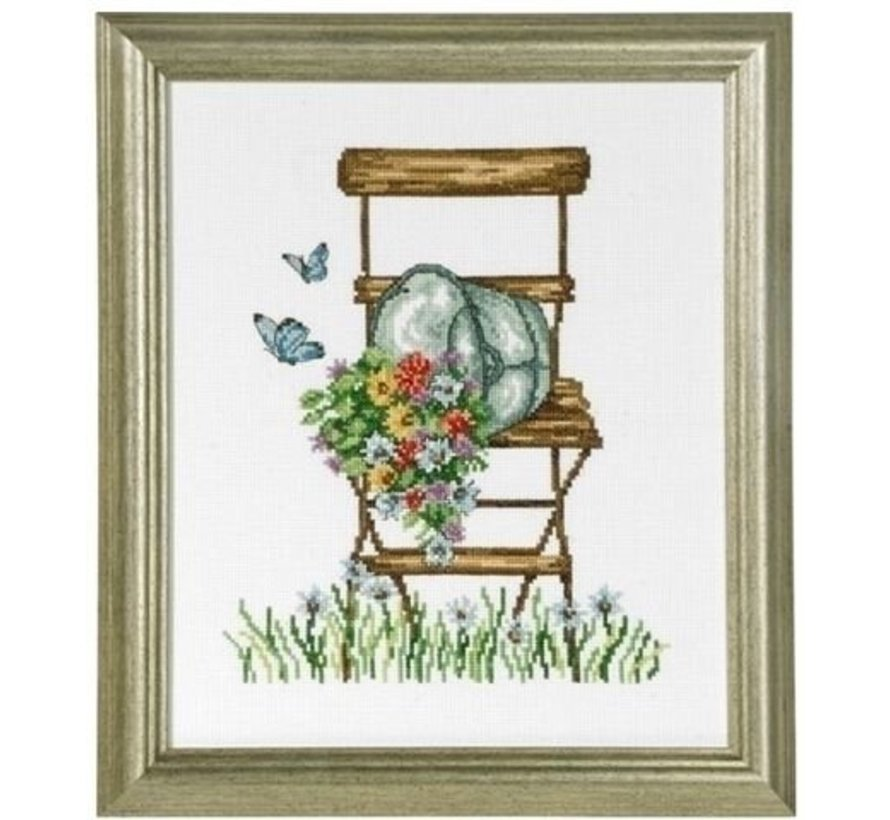 Permin borduurpakket Chair with flowers 92-8104