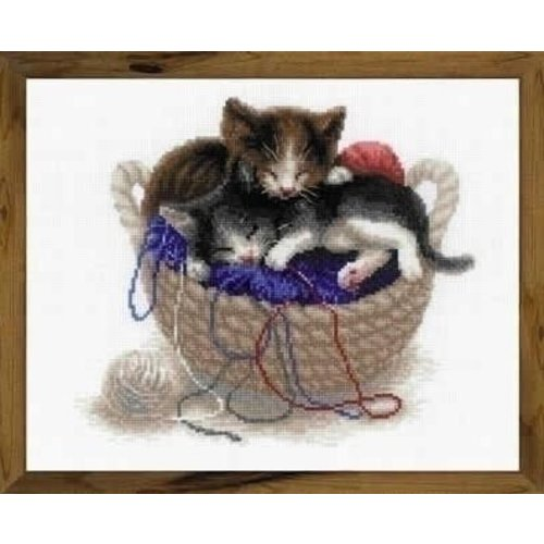 Riolis Riolis borduurpakket Kittens in a Basket 1724