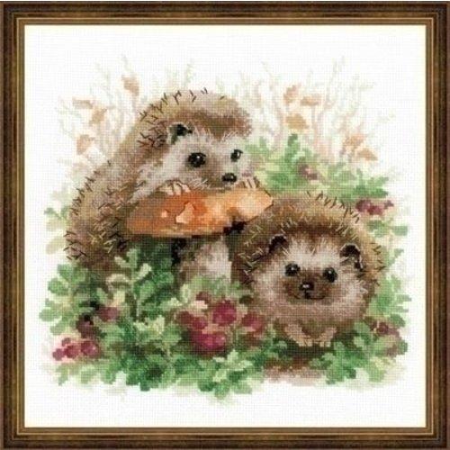 Riolis Riolis Hedgehogs in Lingonberries 1469