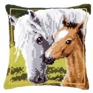 Vervaco Kruissteekkussen wit paard met veulen 0144668