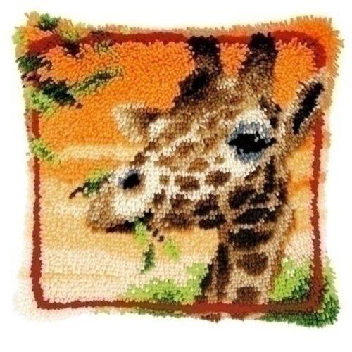 Vervaco Smyrna knoopkussen etende giraf 0147957