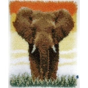 Vervaco Smyrna Knoopkit Olifant op de savanne 0150518