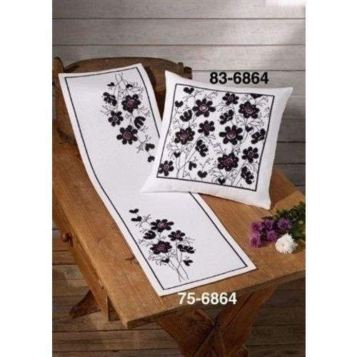 Permin Borduurpakket tafelloper Zwarte Bloemen 75-6864