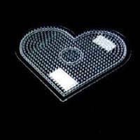 Strijkkralen grondplaat hart groot transp. 2330