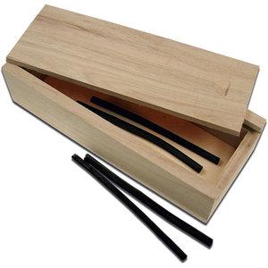 Houten pennenbakje voor houtskool