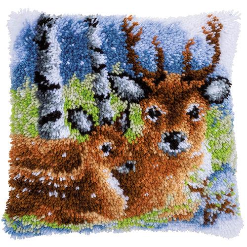Vervaco Vervaco Smyrna Knoopkussen Herten in de Sneeuw 0153593