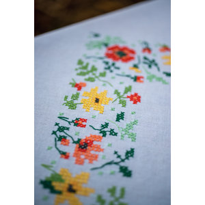 Vervaco Vervaco borduurpakket tafelkleed frisse bloemen PN-0169697