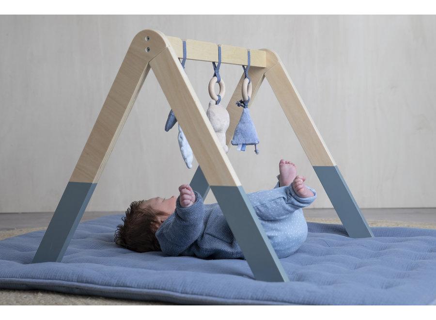 Houten babygym met speeltjes - blue