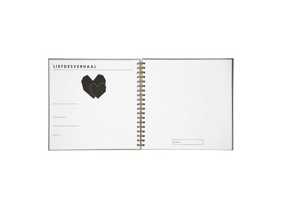 Babyboek - Linnen Grijs (NL)  | House of Products