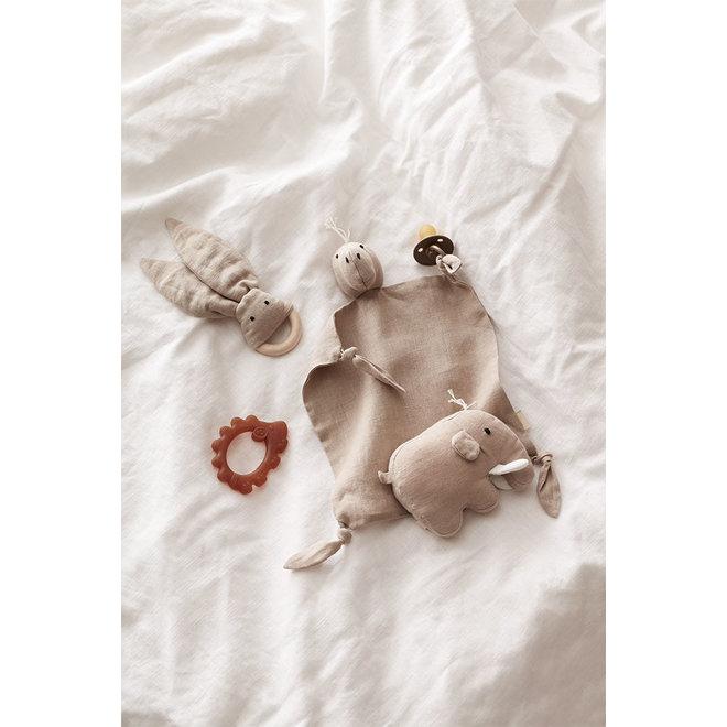 Bijtring Egel natuurlijk rubber rood| Kid's Concept