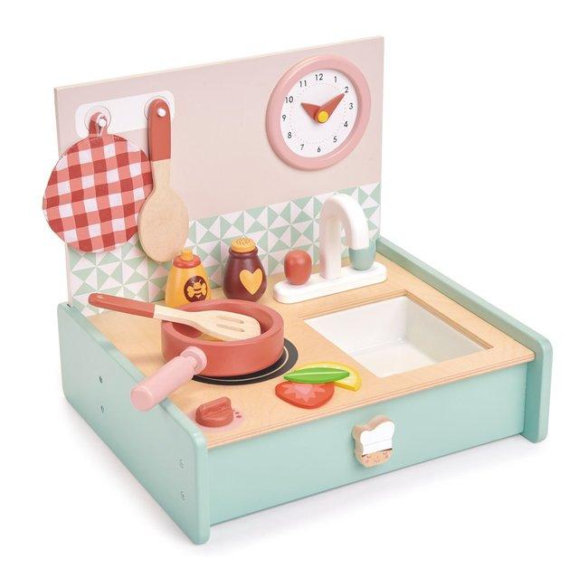 Tender Leaf Toys Draagbaar houten keukentje | Tender Leaf Toys