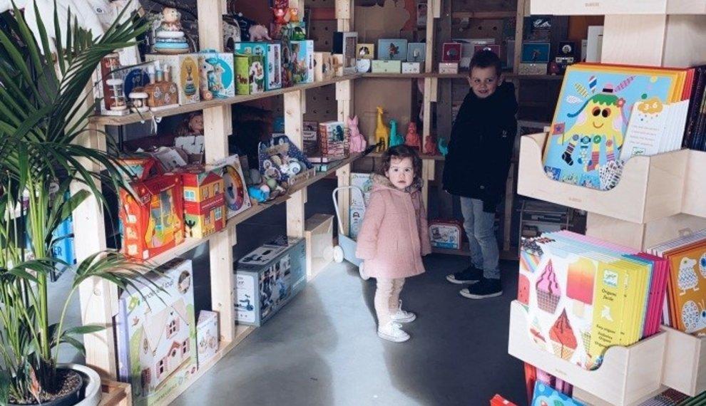 Hanne op bezoek in de inspiration shop van Kids with Flair