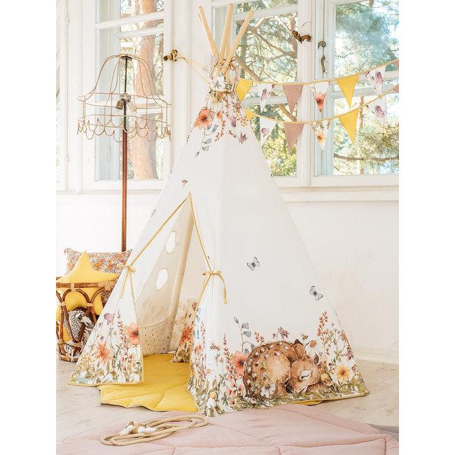 Tipi Tent Wild Flowers