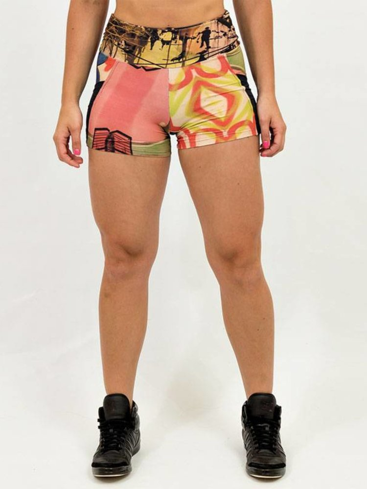 GraffitiBeasts Ski - Ladies shorts with striking Graffiti-print