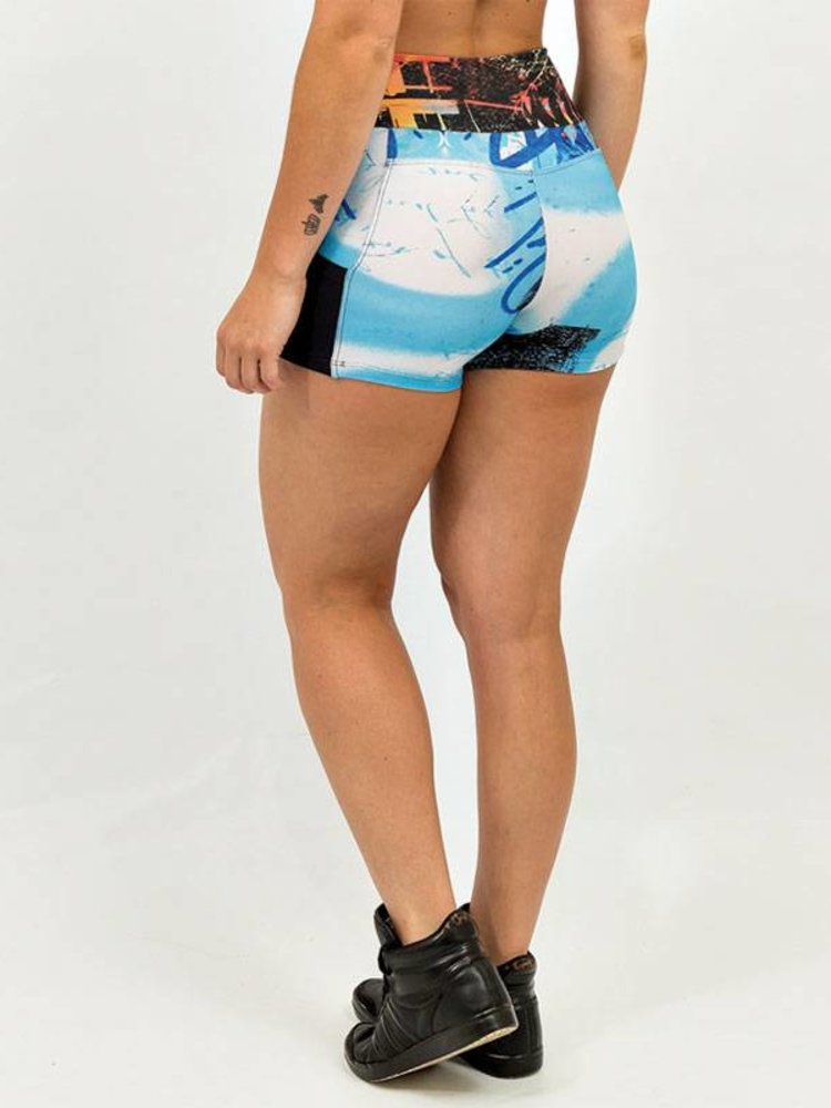 GraffitiBeasts Dames shorts 2ESAE graffiti print in classic uitvoering