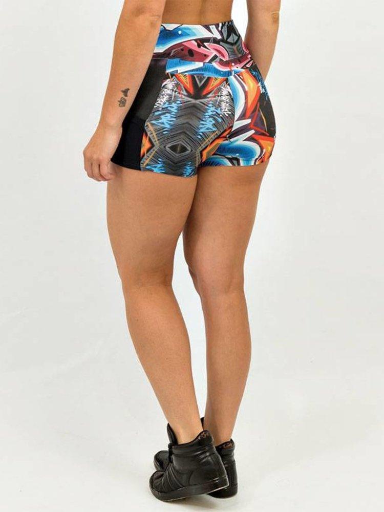 GraffitiBeasts Katre - Dames shorts voorzien van een mooie graffiti print