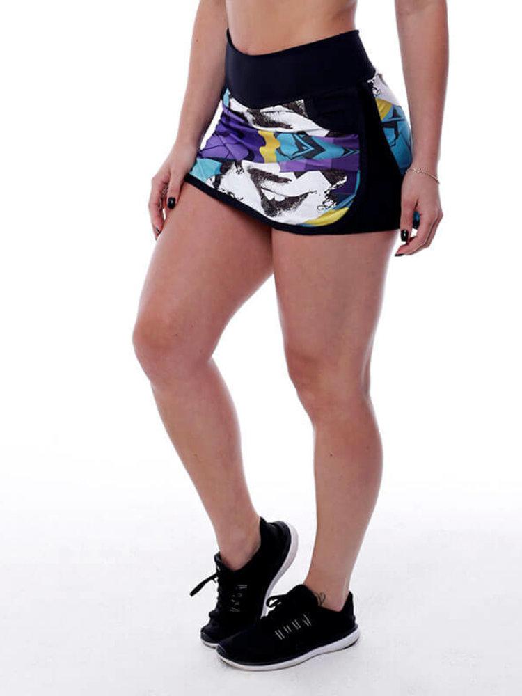 GraffitiBeasts Edis One - Sportlicher Rock mit Innenhose. Die Graffitidrucke sind Kunstwerke auf der ganzen Welt.