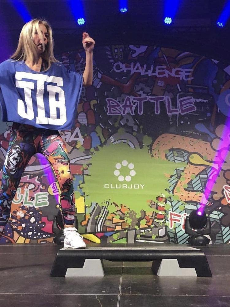GraffitiBeasts Dames Sportlegging in de Classic uitvoering met graffiti print van Does