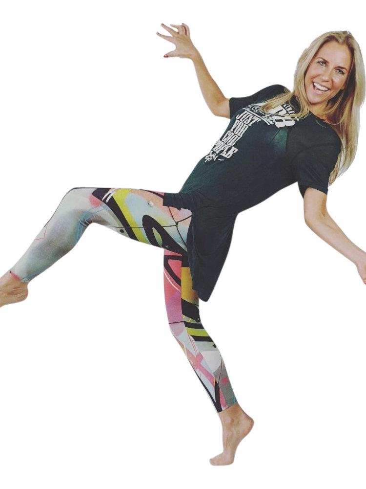 GraffitiBeasts Trun - Damensportlegging in der Classic-Version mit Graffiti-Print