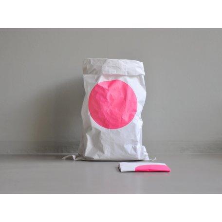 paper bag dot pink