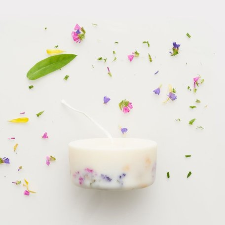 mini soy wax candle wild flowers