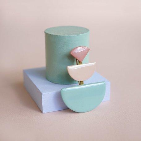 porcelain brooch old pink, nude, mint