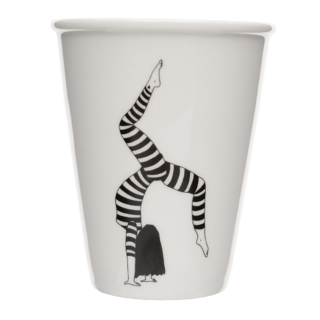 cup freestyle handstand