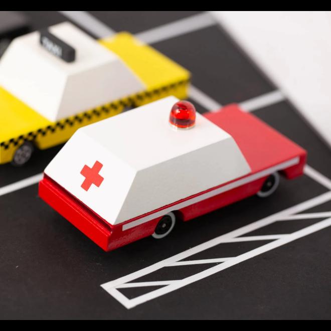 CANDYLAB - Houten Auto - Candycar Ambulance 3+
