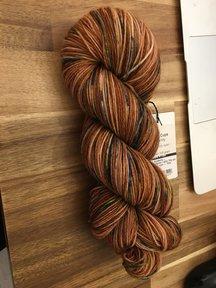 Mina Dyeworks Socksanity - 100gram=420m 75% wol 25% nylon - ''Ares''