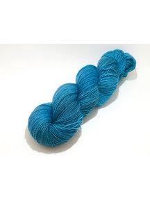 "Socksanity - 100gram=420m 75% wol 25% nylon - ""Aurora Blue"""