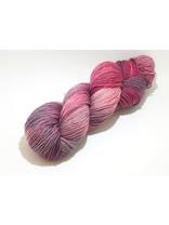 Mina Dyeworks Socksanity - 100gram=420m 75% wol 25% nylon - ''Aurora Pink''