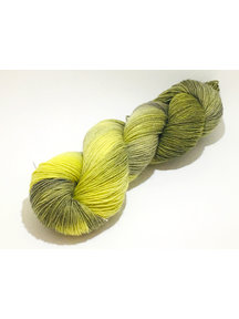 Mina Dyeworks Socksanity - 100gram=420m 75% wol 25% nylon - ''Aurora Yellow''