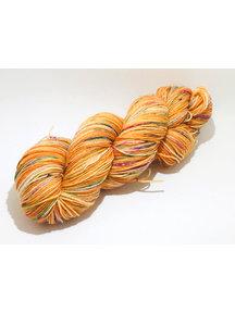 Mina Dyeworks Socksanity - 100gram=420m 75% wol 25% nylon - ''Chiron''