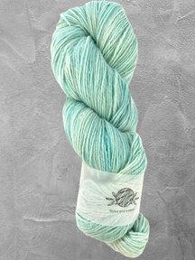 "Mina Dyeworks Wollin - ""Pool"" - 400m - 100g - 85% wool 15% linen"