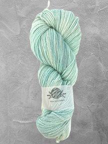 "Mina Dyeworks Wollin - ""Ice"" - 400m - 100g - 85% wool 15% linen"