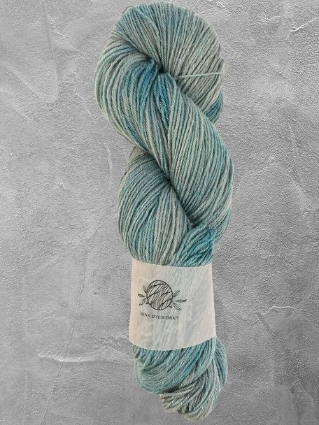 "Mina Dyeworks Wollin - ""Storm"" - 400m - 100g - 85% wool 15% linen"