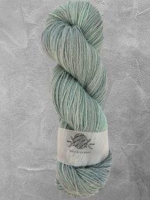 "Mina Dyeworks Wollin - ""Cumulonimbus"" - 400m - 100g - 85% wool 15% linen"