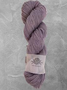 "Mina Dyeworks Wollin - ""Violet"" - 400m - 100g - 85% wool 15% linen"