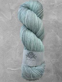 "Mina Dyeworks Wollin - ""Mist"" - 400m - 100g - 85% wool 15% linen"