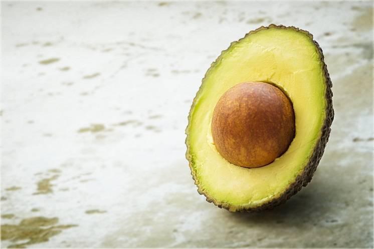 Weet jij hoe je een halve avocado vers houdt?