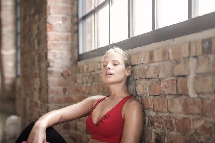 Hoe overleef je een Bikram yoga sessie?