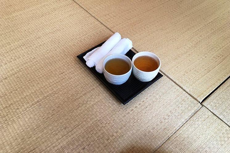 Gezond met yoga en thee