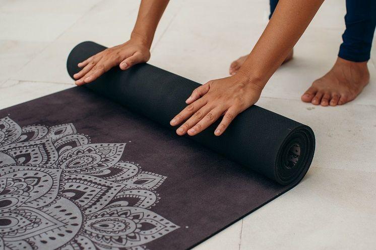 Hoe maak je je yogamat schoon?