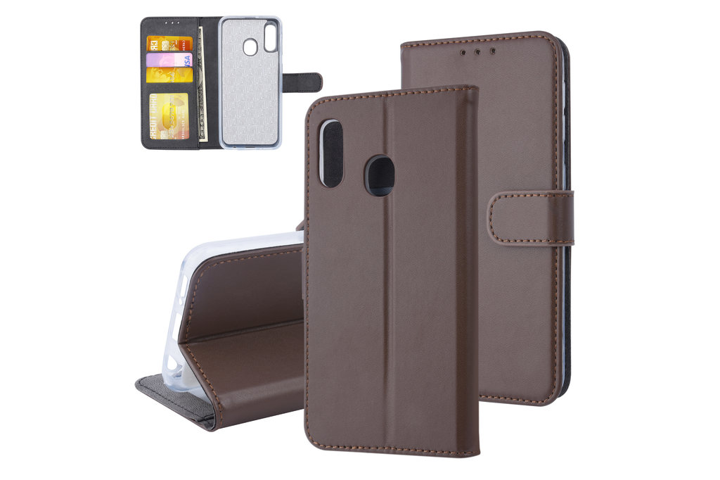 Samsung Galaxy A20e Pasjeshouder Bruin Booktype hoesje - Magneetsluiting - Kunstleer; TPU