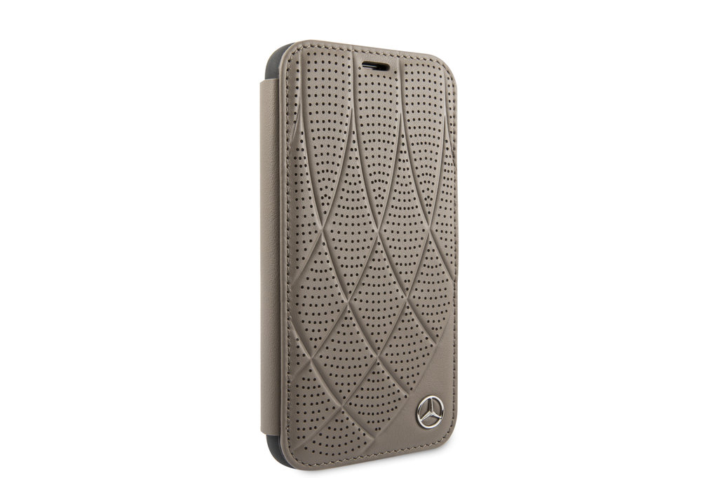 Mercedes-Benz Apple iPhone 11 Pro Mercedes-Benz Book type housse Quilted Perf Marron - Genuine Leather
