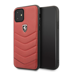 Apple iPhone 11 Rood Ferrari Backcover hoesje FEHQUHCN61RE - Echt leer - FEHQUHCN61RE