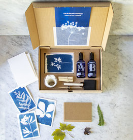 CYANOTYPE KIT - DIY KIT om je eigen plantenprints te maken