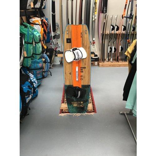 Harlem Harlem Wood 145 incl. pads & straps (DEMO)